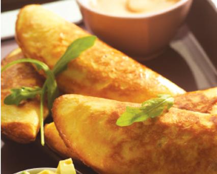 Meat-filled empanadas (pasties)